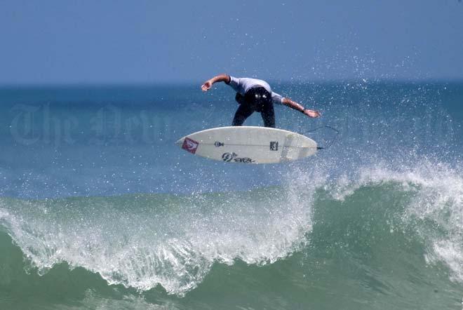 Champion surfers
