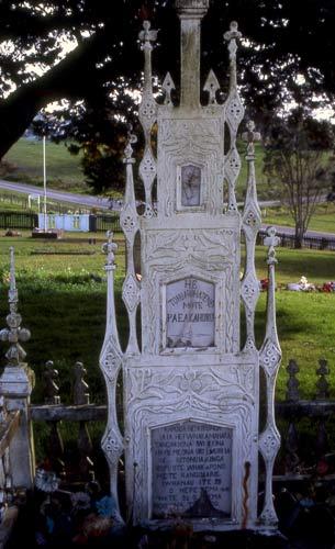 Wooden headstone, Waimate North