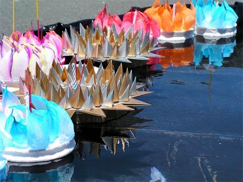 Floating candles, Loy Krathong Festival