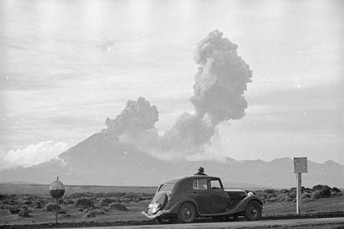 Ngāuruhoe eruption, around 1949