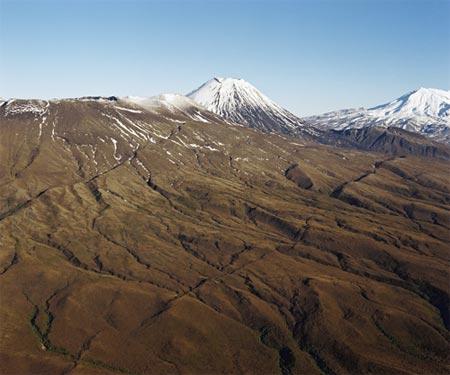 Mts Tongariro, Ngāuruhoe and Ruapehu