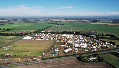 South Island Agricultural Field Day, 2001