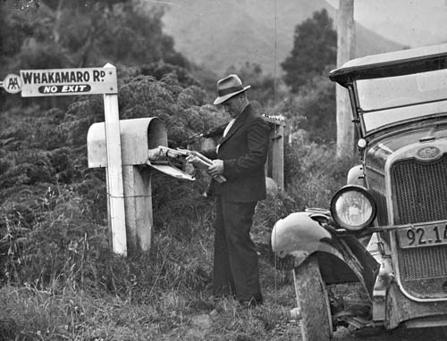 Rural letterbox, Ruapehu district, around 1940