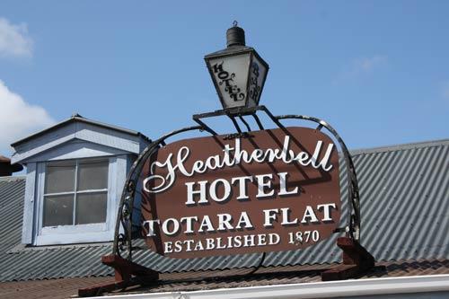 Tōtara Flat hotel