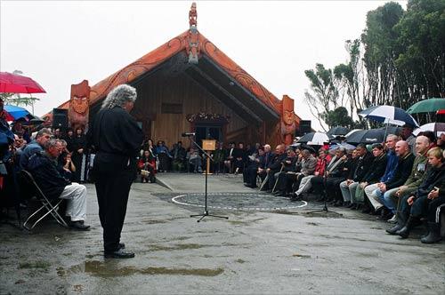 Opening of Te Tauraka Waka a Māui marae