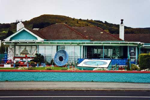 Pāua-shell house, Bluff