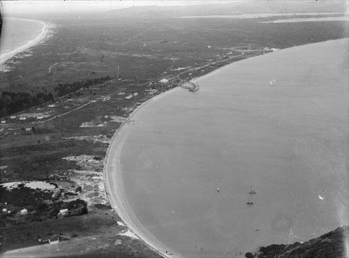 Port at Mt Maunganui, 1920s